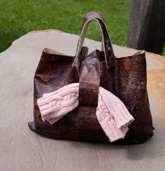 Unikatowa tote-bag ze skóry vintage.