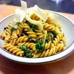 Pasta med skorzonerod og grønkål