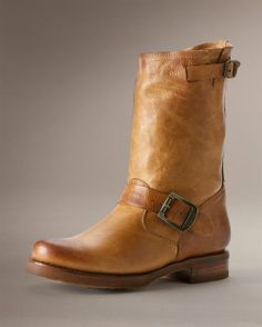 5acb68b90d2 frye Veronica Short in camel Frye Veronica Short