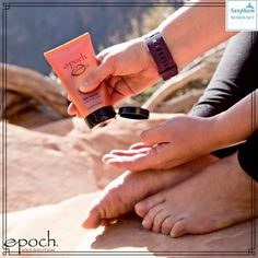 Epoch Sole Solution is definitely the solution to all your foot problems! Nu Skin, Epoch Sole Solution, Glycerin, Foot Cream, Feet Care, Men's Grooming, Body Care, Health And Beauty, Fitbit