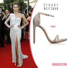 Alessandra Ambrosio in Stuart Weitzman Nudist Ankle-Strap Sandals in Platinum Noir Leather - ShoeRazzi