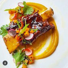 Sticky Korean style beef rib, carrot, miso, coriander and green onion. Comida Tex Mex, Gourmet Recipes, Cooking Recipes, Food Plating Techniques, Good Food, Yummy Food, Pub Food, Food Presentation, Food Design