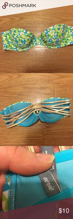 Any 2 ✅for $15 Strapless bikini top Excellent condition. No tears, stains or marks. Combine with any item with a ✅ for a $15 bundle or add three more items for 30% Off Bundles. aerie Swim Bikinis