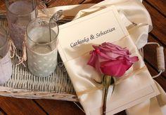 Joli #livret de messe - 16 pages simple et class!   http://www.livret-mariage.fr/livret-mariage.html