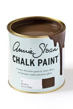 Chalk Paint® by Annie Sloan old style tin in Honfleur, a rich brown. Annie Sloan first developed her signature range of furniture paint in calling it 'Chalk Paint' because of this decorative paint's velvety, matte finish. Duck Egg Blue Chalk Paint, Gray Chalk Paint, Pink Chalk, Chalk Paint Colors, White Chalk, Chalk Paint Furniture, Chalky Paint, Provence Chalk Paint, Wall Painting Decor