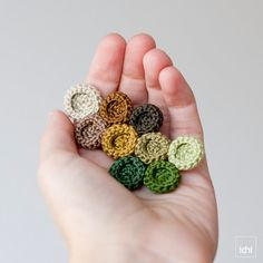 Brooch crocheted circles. Green and brown tones . by idniama
