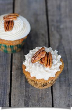 Mmm... Maple Carrot Cupcake with Maple Glazed Pecans
