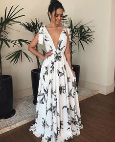 Bohemian V Neck Belted Printed Colour Bare Back Dress – Stylnbo Elegant Dresses, Pretty Dresses, Beautiful Dresses, Casual Dresses, Fashion Dresses, Ladies Dresses, Casual Evening Dresses, Bare Back Dress, Dress Backs