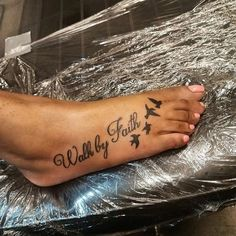 Fußabdruck Tattoo Ideen – foot tattoos for women quotes Faith Foot Tattoos, Cute Foot Tattoos, Foot Tattoos For Women, Leg Tattoos, Body Art Tattoos, Small Tattoos, Sleeve Tattoos, Foot Tattoos Girls, Foot Tattoo Quotes