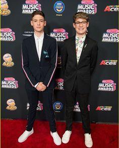 Max Mills, Harvey Mills, Cute Teenage Boys, Music Awards, Boys Who, Boyfriends, Music Artists, My Music, Singers