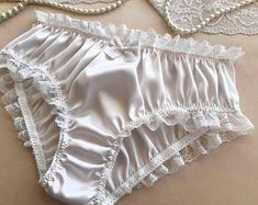 Silk Knickers, White Knickers, Silk Sleepwear, Sleepwear Women, Jolie Lingerie, Women Lingerie, Cute Underwear, Silk Underwear, Pretty Lingerie