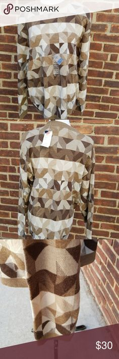 """NWT Vintage Mens Crazy Horse sweater L Great vintage knew stop the sweater with original tags in very neutral shades. Nice loose fit with 20"""" shoulder to shoulder  And approximately 22.5 under the arms Crazy Horse Sweaters Crewneck"""