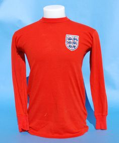 Alan Ball's 1966 World Cup final shirt scores £51,755 in Edinburgh