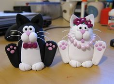 Cat cake toppers front