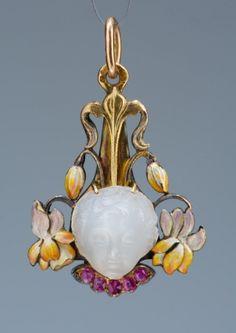 Art Nouveau Böhm, Hermann Date: ca. 1900 Place of production: Vienna Materials gold; moonstone; ruby Techniques enamel -