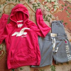 Hollister Hoodie & Sweats Bundle  Good condition/ hoodie is a large & sweats pants are a small Hollister Sweaters