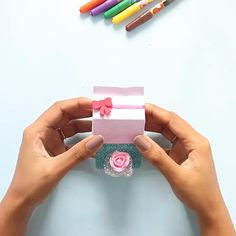 Have fun recreating these cuties! Paper Flowers Craft, Paper Crafts Origami, Diy Crafts For Gifts, Paper Crafts For Kids, Easy Diy Crafts, Diy Arts And Crafts, Creative Crafts, Gift Flowers, Easy Origami