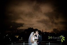 beijo sob o céu #sky  #foto #casamento #shmaraba