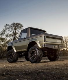"utwo: "" 1966 Ford Bronco © trucktrend """