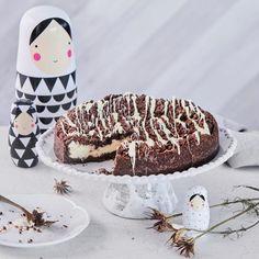 Mansikka-rahkakakku | Meillä kotona Halloween Birthday, Birthdays, Food And Drink, Birthday Cake, Easter, Sweets, Baking, Desserts, Recipes
