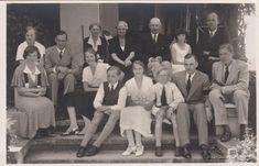 This original old real photocard shows Grand Duke Friedrich Franz IV of Mecklenburg-Schwerin (1882-1945) with his family in Heiligendamm.   eBay!