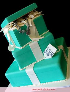 Quinceanera Tiffany Themed Gift Box Cake