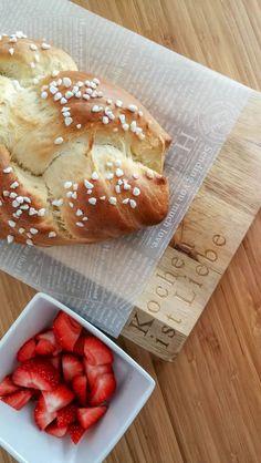 [Rezept] Hefezopf: schnell und einfach! | The Hangry Stories Nutella Muffins, Bread, Food, Nutella Products, Easter Activities, Food And Drinks, Kuchen, Brot, Essen