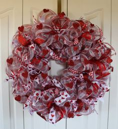 Deco Mesh Red Heart Wreath. Red Heart Decoration. red Valentines wreath.  Heart decor.