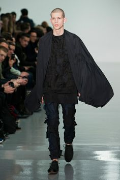 London FW FW 2014/15 – Mattew Miller See all the catwalk on: http://www.bookmoda.com/sfilate/london-fw-fw-201415-mattew-miller/   #london #fall/winter #catwalk #menfashion #man #fashion #style #look #collection