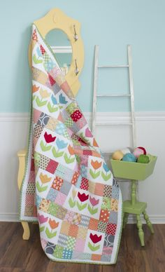 ***WARNING... if you don't like photos of quilty things... look away from this post! Well you asked for it... so get ready fo...