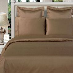 Add eye-catching luxury to the look of your bedroom with our 300 tc Duvet Cover Set. This solid duvet cover set is made of count, Combed cotton 5942248 Bed Comforter Sets, Comforter Cover, Dorm Bedding, Duvet Cover Sets, Comforters, 100 Cotton Duvet Covers, Green Duvet Covers, Striped Bedding, Thing 1