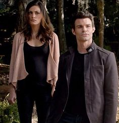 Phoebe Tonkin as Hayley Marshall and Daniel Gillies as Elijah Mikaelson in The Originals, Season 1, Episode 7 - Bloodletting