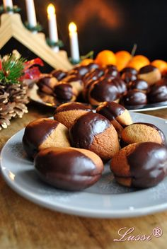 Lussi`s World of Artcraft: Най-вкусните меденки / The Best Filled Honey Cookies My Recipes, Sweet Recipes, Cookie Recipes, Dessert Recipes, Favorite Recipes, Bulgarian Desserts, Bulgarian Recipes, Bulgarian Food, Tea Cakes