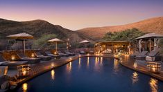 Tswalu Kalahari Private Game Reserve is an amazing South African experience. Contact Tailored Ventures to book your stay Public Golf Courses, Best Golf Courses, Kruger National Park Safari, National Parks, Luxury Travel, Us Travel, Luxury Hotels, Travel Deals, Game Reserve South Africa