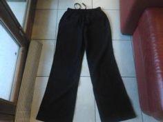 pantaloni lino 100% taglia M-L 4 euro come nuovi https://www.facebook.com/groups/1425472734405077/permalink/1428726027413081/