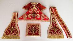 Roman style vestment set  made by Geneviève Gomi of Maris Stella Vestments