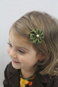 Hunter Green Flower Hair Clip - Small Flower Dark Green Fall Hair Bow - Forest Green Flower Clip. $4.00, via Etsy.  Cute!