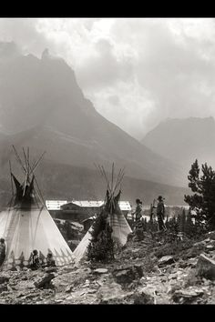 .Blackfoot Camp under citadel mountain, Montana. 1910