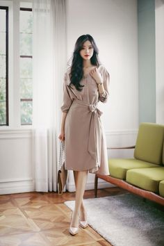 Korean dress, with high heels, so beautiful – Easy Style Now Korean Outfits School, Korean Casual Outfits, Korean Summer Outfits, Korean Outfit Street Styles, Korean Fashion Dress, Korean Dress, Asian Fashion, Look Fashion, Girl Fashion