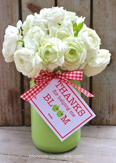 Teacher Appreciation printable tag-  Blooms by Bloom Designs online | Skip To My Lou
