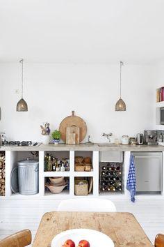 Кухня в стиле лофт: создаем удивительный дизайн http://happymodern.ru/kuxnya-v-stile-loft-sozdaem-udivitelnyj-dizajn/ Белый - один из традиционных цветов в отделке кухни лофт Смотри больше http://happymodern.ru/kuxnya-v-stile-loft-sozdaem-udivitelnyj-dizajn/