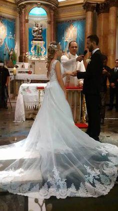 http://amandasantiago.com/vestido-e-sapato-de-noiva-na-china/