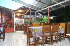 Dinning area layout Mar y Bosque Drake town, Drake Bay Osa Peninsula, Costa Rica #food #foodie