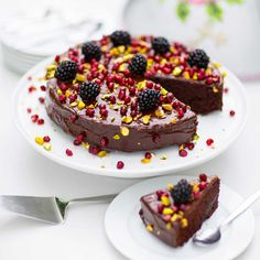 - Saftig rödbets- och chokladtårta med gammaldags chokladglasyr -  Beet-Chocolate Cake with Oldfashion Chocolate Glaze