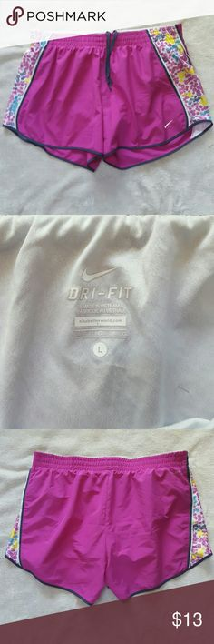 Women's Nike dri fit shorts Super cute Nike shorts. Cute color print on the sides. Excellent condition. Nike Shorts