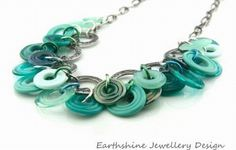 Lampwork glass beads and jewelry, interview with artist Linda ...