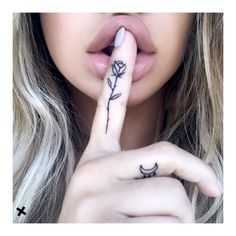 girly tattoos, small tattoos, rose tattoos, rose finger tattoo, finger tattoos, finger rose tattoo, cute small tattoos