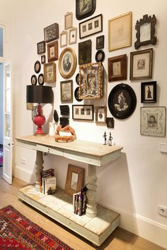 An Antique Store Owner's Bold Barcelona Home: gallery image 24