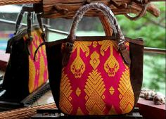 #songket #lombok #indonesia #woman #fashion #bag