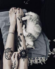 Pinterest: •Linell•